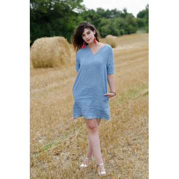 United woman dress, naturally dyed in Lectoure's Blue, 100% linen