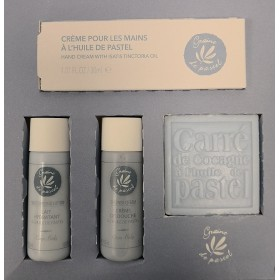 """Cosmetic Box with pastel oil """"The indispensable"""""""