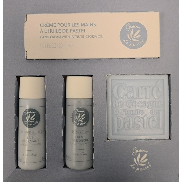 Gift box containing 4 cosmetics products based on pastel oil