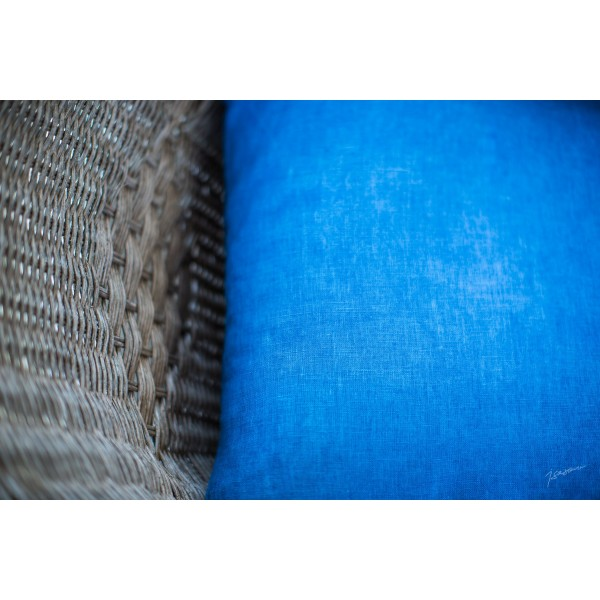 United cushion cover in linen, square shape, dyed with Lectoure's Blue