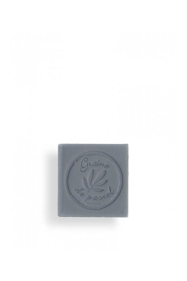 Cube de savon surgras de 125g à l'huile de pastel véritable, couleur Bleu Reine