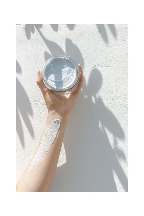 Gommage exfoliant pour le corps à l'huile de pastel. Grand pot au format 200 ml
